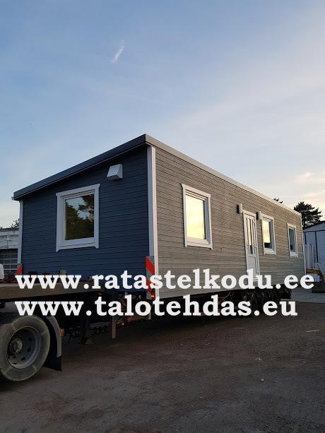 Talovaunu kuljetus Suomeen, talotehdas Virossa kesäkuussa 2018