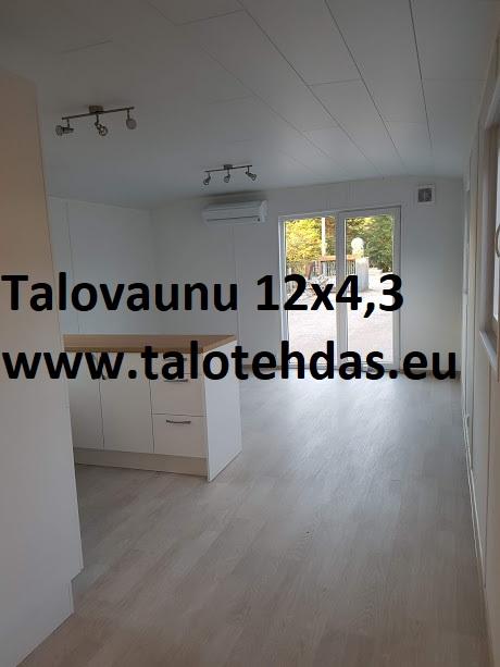 Talovaunu 12x4,3, lattia laminaatti, u-keittiö, sisämitat 11,7x4,0, seinät maalattu tapetti tai puupaneeli, päädyssä ikkuna 1500x2000 (leveysxkorkeus)