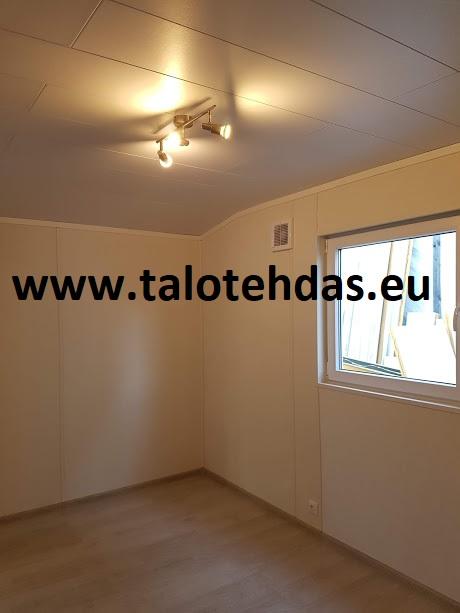 Talovaunu-talovaunut-virosta-tehdas-Tallinnassa-Iso-makuuhuone-talovaunussa-talotehdas-ratastelkodu